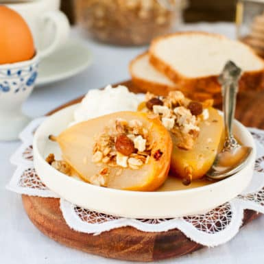 No need to feel guilty about this dessert; roasted pears are the star with a delicious oat and cinnamon crumble topping.