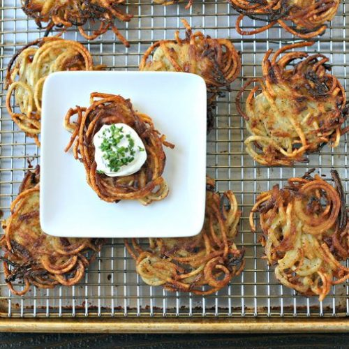 Check out this delicious, simple, healthy Spiralized Potato Latke recipe!